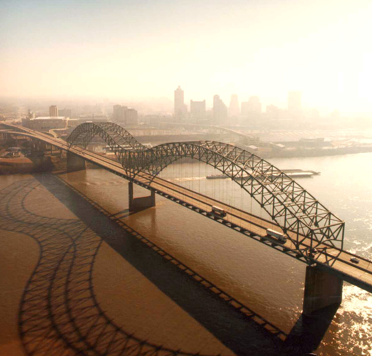 Memphis City Guide: What to Do, See & Eat! · InterExchange