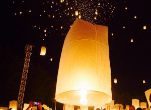 lighting up the sky at Loi Krathong
