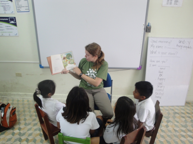 teaching English in Ecuador as a volunteer